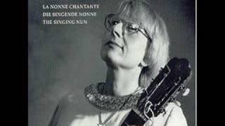 Singing Nun Soeur Sourire -- Entre les Etoiles