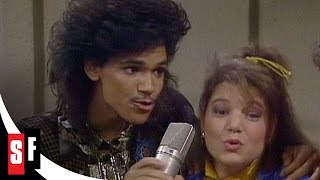 "The Facts of Life: The Complete Series (4/5) El Debarge and the Girls Perform ""You Wear It Well"""