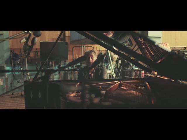Vídeo de la canción Yuzin de Yann Tiersen