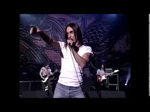 iggy-pop-beside-you-martin-m-forales