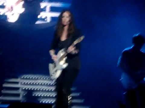 Inedito, de Laura Pausini, en el concierto del 27 de enero de 2012 en Santiago de Chile