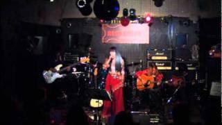 街角(カルメンマキ&OZ) カバー 福娘 2010.12 ローズカラー