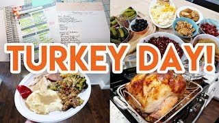 🎄 VLOGMAS 2019 DAY 1! 🦃 EPIC THANKSGIVING PREP, SHOP, AND COOK WITH ME! 😍 ALDI HAUL + LEFTOVERS