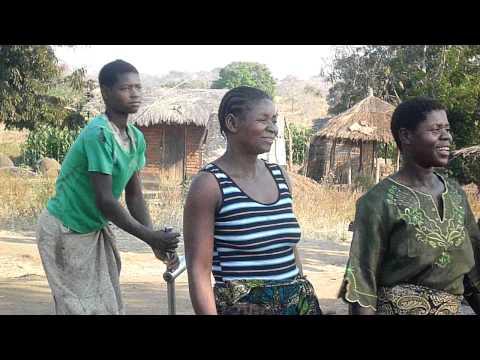 Malawi Baby Dancing
