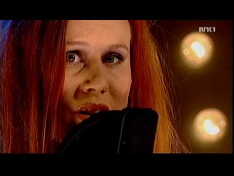 susanna-and-the-magical-orchestra-hallelujah-live-2006-kaare-k-johnsen