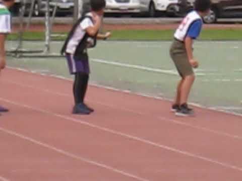 田徑對抗賽練習賽 男生400公尺接力賽 好精彩喔! - YouTube