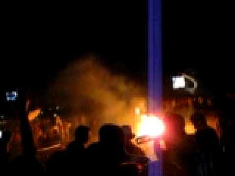 Fuegos artificiales en año nuevo en Montañitas