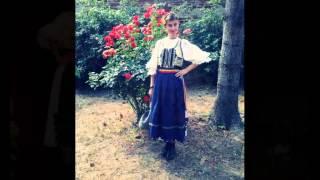 Denisa Bărbat-M-o făcut maica vara
