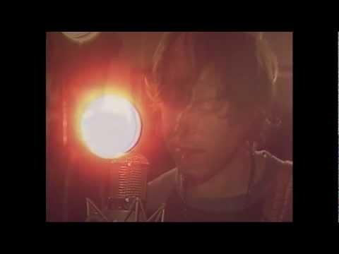 ryan-adams-ashes-fire-in-studio-acoustic-version-ryanadams