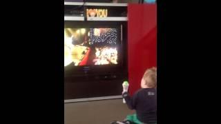 Remy sings  feest in de tent jettie palliettie