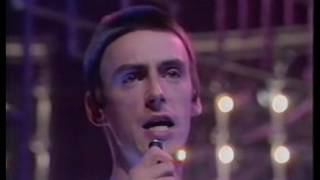 The Paris Match - The Style Council (Top of the Pops 1983)