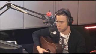 Olly Murs sings Enrique Iglesias' Hero