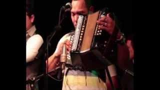 The Parranders. La olla y la yuca