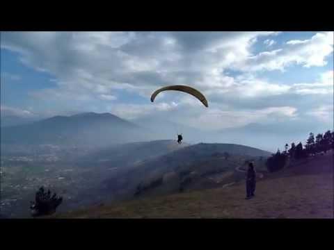 Paragliding, Ambato, Ecuador: Pim 13-9-2010