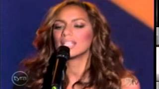 Leona Lewis Bleeding Love live at Tyra Show 2008