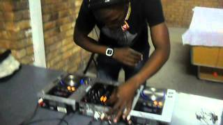 Dj Touch of soul mixing in Come on over