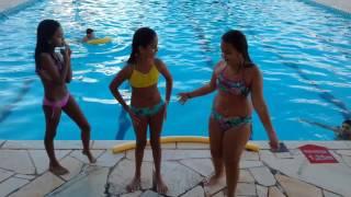 Desafio da piscina com Na Martins e Ayumi Miranda