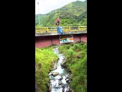 SWING JUMPING: Julia