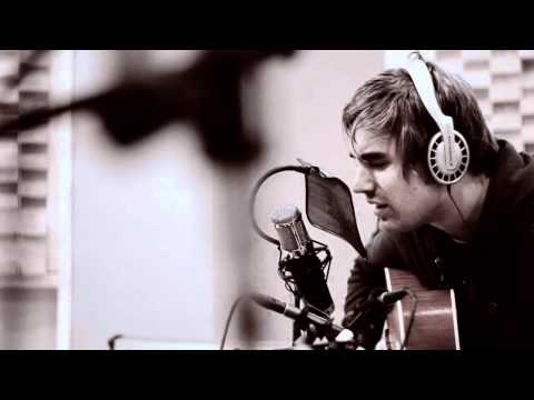 Charlie Simpson Chords Chordify