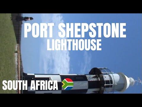 Exploring Port Shepstone's little lighthouse (Kwazulu Natal)