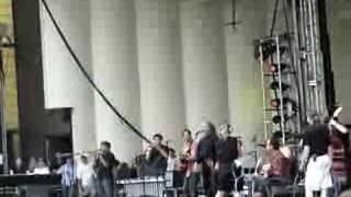 """Calexico - """"Roka"""" - Lollapalooza 08.05.06"""
