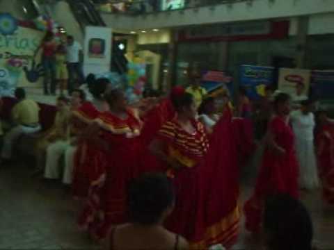 Dancing in Managua