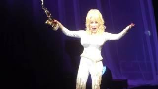 """Yakety Sax (Benny Hill Theme)"" Dolly Parton@Mann Music Center Philadelphia 6/15/16"