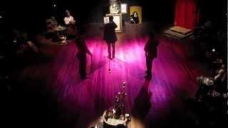 DORIAN - Teatro Íntimo