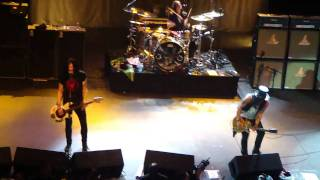 Slash & Myles Kennedy - Beautiful Dangerous @Vivo Rio 06/04/2011 HD