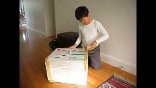 Dragonball GOKU - Elvis Chung Yin Cheung unpacking his package