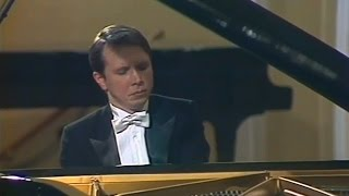 Mikhail Pletnev plays Rachmaninoff - Prelude op.23 No.5 in G minor (live in Moscow, 1987)