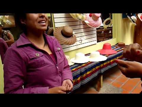 2012 Ecuador   Cuenca, Panama, El Barranco, Compra Dos Sombreros, Achats