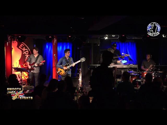 Video oficial de Jonathan Fritzen en directo