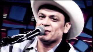 """Frank Aguiar em """"O xote das meninas"""" de Luiz Gonzaga no Estúdio Showlivre 2011"""
