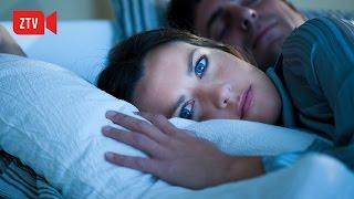 Điều gì xảy ra nếu chúng ta mở mắt khi ngủ width=