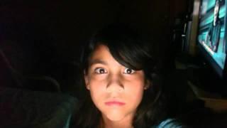 Una niña de 8 años ni se dio cuenta del video