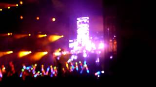 "Armin Van Buuren Feat Jennifer Rene ""Fine without you"" Live @ Inox Park 2012"