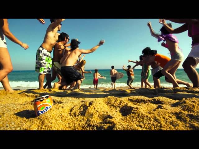 Videoclip de ''El gran Kanaka (El Surfista Gay), de F.A.N.T.A
