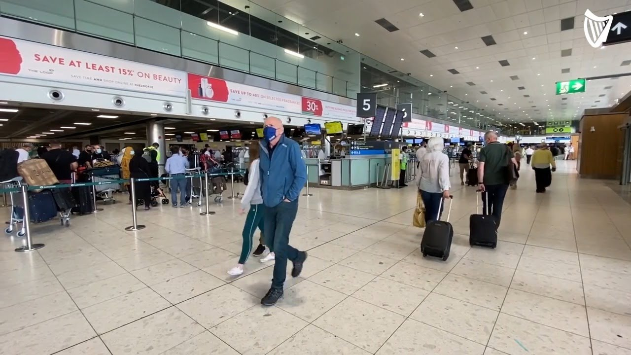 Holidaymakers Pass through Dublin Airport as Non-Essential Travel Opens up