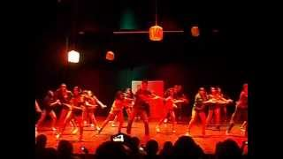 Espetáculo de dança: MOVIMENTO