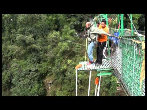Rudolph Bungy-Jumps  at Last Resort in Nepal.VOB