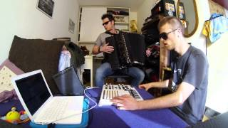 fisarmonica tekno live improvisazione
