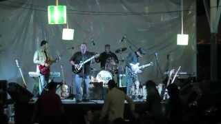 Varano Rojo-Falsas caricias (en vivo)