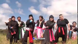 When you run out of insults in a hmong argument....