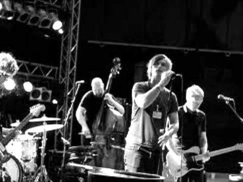 kaizers-orchestra-maskineri-lyrics-hhegehagen