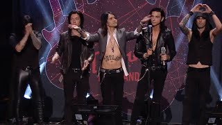 APMAs 2015: Watch Black Veil Brides win Album Of The Year presented by Journeys