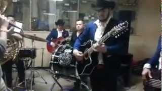 Los Villegas de Sinaloa Con Banda La Desvelada -El Karma