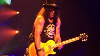 Guns N' Roses - Las Vegas - April 8, 2016 - Estranged Slash Solo from the Front Row