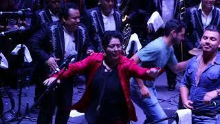 LOS ÁNGELES AZULES brindan una incansable noche de baile en el Domo Care 2018