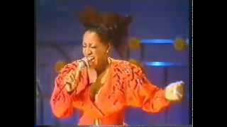 Patti LaBelle - Something Special (Is Gonna Happen Tonight) LIVE